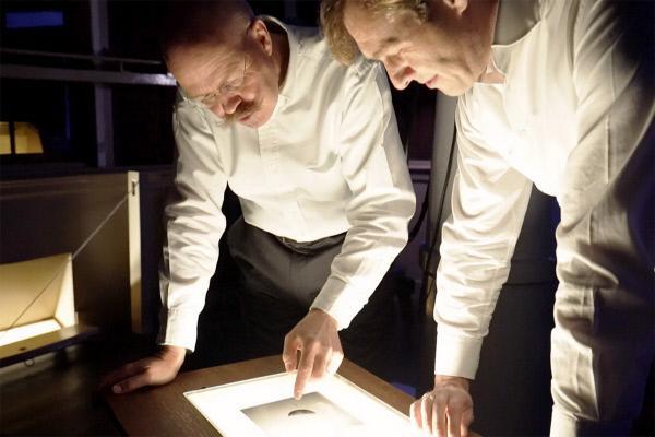 Bild 1 von 6: Harald Hiesinger (li.) und Markus Landgraf (re.) planen für die Europäische Raumfahrtorganisation ESA die nächste Mission zum Mond.