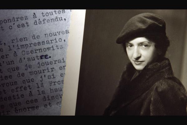 Bild 1 von 3: Trotz großartiger Kritiken und unverkennbarem Talent fällt es Clara Haskil in den 1930er Jahren schwer, die Konzertsäle zu füllen und von ihren Einnahmen zu leben.