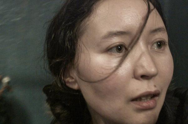 Bild 1 von 5: Die junge Kirgisin Ayka (Samal Yeslyamova) lebt und arbeitet illegal in Moskau.