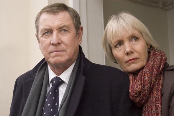 Bild 1 von 6: Tom Barnaby (John Nettles) und seine Frau Joyce (Jane Wymark) führen eine der guten Ehen in Midsomer.