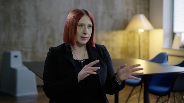 Bild 1 von 7: Wie viel kriminelle Energie steckt im Wirecard-Skandal: Kriminalpsychologin Lydia Benecke erklärt, warum Betrüger oftmals lange mit ihrer Masche durchkommen.
