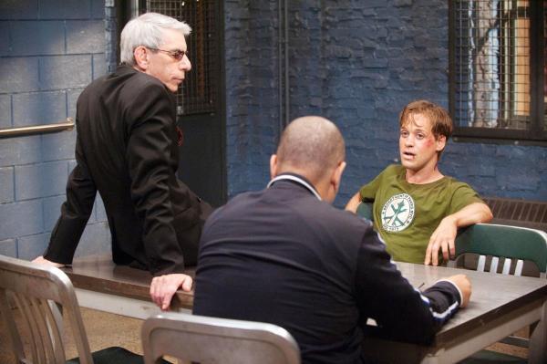 Bild 1 von 5: John Munch (Richard Belzer, l.) und Detective \