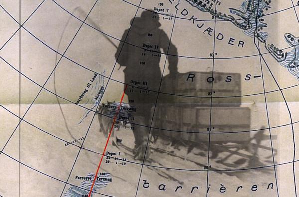 Bild 1 von 2: Die Eroberung der Pole ist das letzte Kapitel einer langen Geschichte wissenschaftlicher Erkundungen, die Ende des 17. Jahrhunderts begonnen hatte und ab dem späten 19. Jahrhundert enorm mediatisiert wurde.