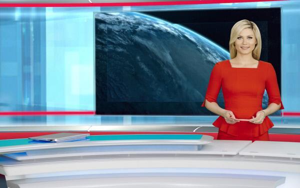 """Bild 1 von 1: """"NEWS TIME"""" wird unter anderem von Leslie Nachmann präsentiert."""