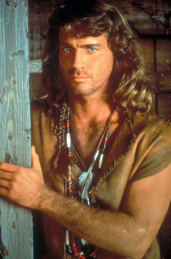 Bild 1 von 18: Ein wortkarger Einzelgänger, der seit Jahren bei den Cheyenne-Indianern lebt: Byron Sully (Joe Lando) ...
