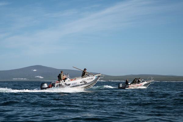 Bild 1 von 6: Für die Tschuktschen ist die Jagd eine uralte Tradition. Nur durch die Wale wurde diese Küste seit Jahrtausenden zu ihrer Heimat.