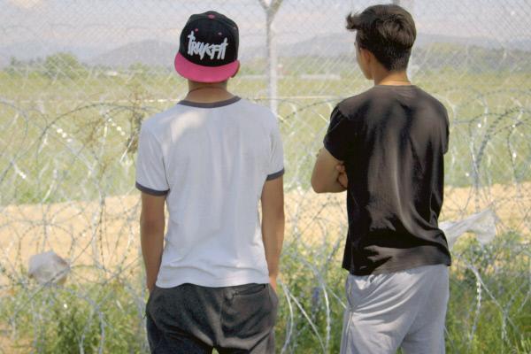 Bild 1 von 2: Viele Migrantenkinder sind in Griechenland und flüchten ohne Schutz von Erwachsenen nach Nordeuropa.