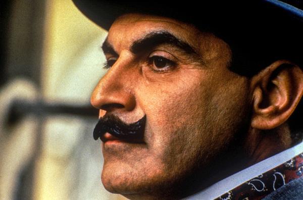 Bild 1 von 4: David Suchet (Hercule Poirot).