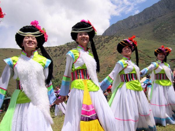 Bild 1 von 4: Am Lugu See im S?dwesten Chinas lebt das Volk der Mosuo. Hier haben die Frauen das Sagen