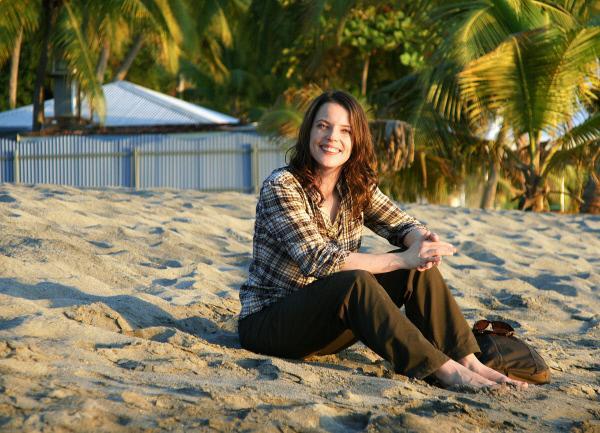 Bild 1 von 3: Moderatorin Mona Vetsch am Stand.