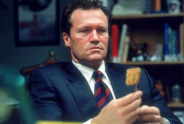 Bild 1 von 10: Capt. Howard Cheney (Michael Rooker) hält nichts davon, die Leitung des Falles einem Krüppel zu überlassen. Er wartet nur auf einen Fehler von Lincoln Rhyme, um selber die Ermittlungen führen zu können.