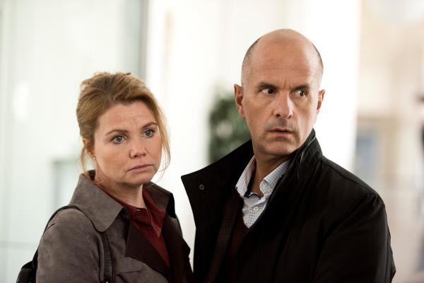 Bild 1 von 15: Anne (Annette Frier) und Erik (Christoph Maria Herbst) sorgen sich. Wie soll es mit Ludwig weiter gehen?