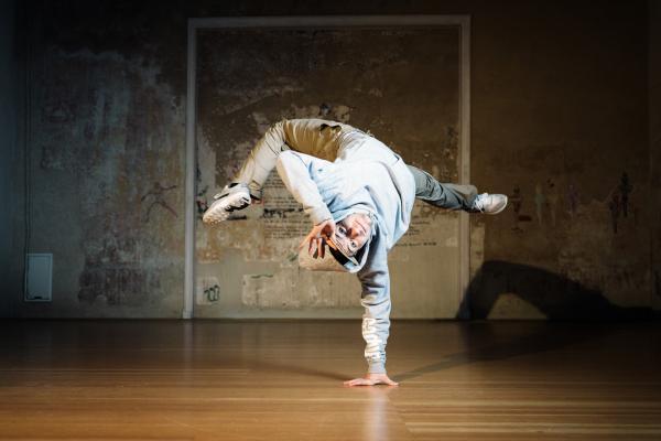 Dance till you break - The Saxonz
