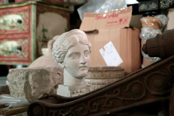 Bild 1 von 4: Kunstobjekt in der Asservatenkammer der Carabinieri in Rom