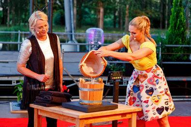 Grill den Henssler - Sommer-Special - Unterhaltung / Kochshow   {Kochshow henssler 73}