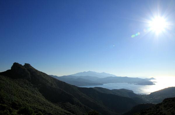 Bild 1 von 5: Bucht von Portoferaio auf Elba.