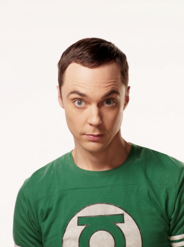 Bild 1 von 37: (4. Staffel) - Ein Intellektueller, der allerdings keine Ahnung von einem Leben neben der Physik und Videogames hat: Dr. Sheldon Cooper (Jim Parsons) ...