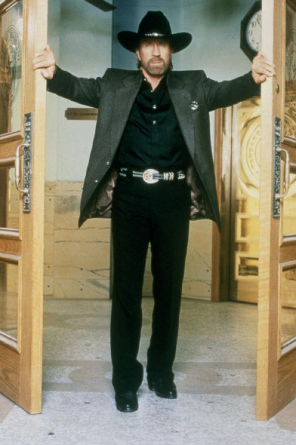 Bild 1 von 15: 6. Staffel. Cordell Walker (Chuck Norris)
