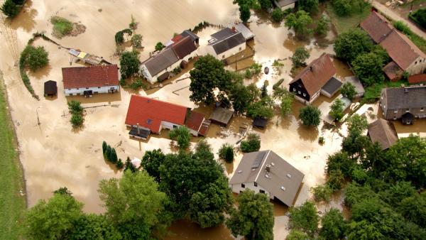 Bild 1 von 12: Hochwasser an der Neiße.