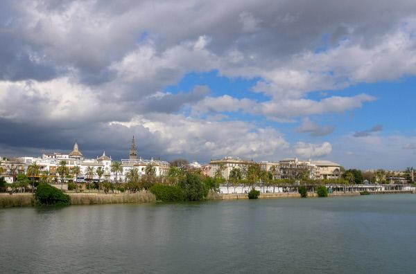 Bild 1 von 3: In Sevilla wurde das Gold und Silber aus den spanischen Kolonien umgeschlagen.