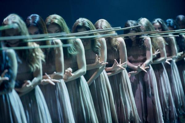 Bild 1 von 12: Im Reiche der Wilis (English National Ballet)
