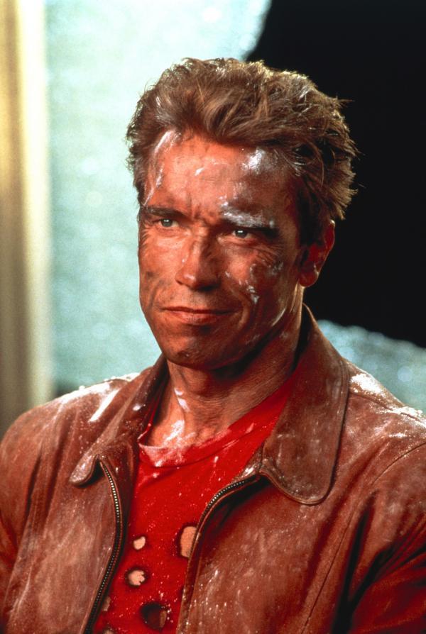 Bild 1 von 8: Leinwand-Cop Jack Slater (Arnold Schwarzenegger) ist eine berühmte Actionfilmfigur.
