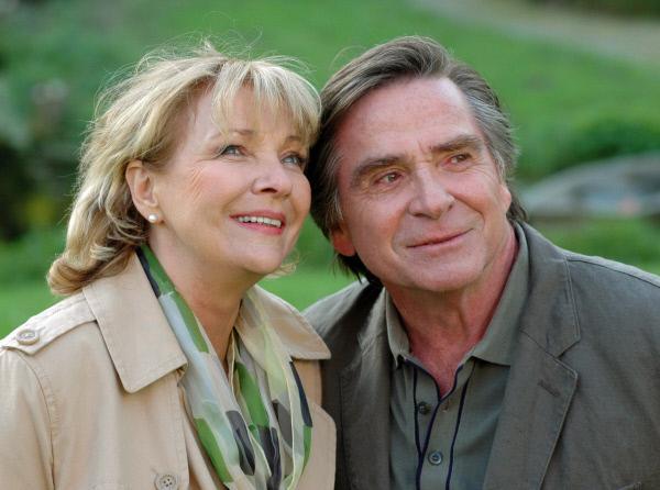 Bild 1 von 1: Streithähne und Turteltauben: Werner (Elmar Wepper) und seine Frau Henriette (Gila von Weitershausen) erleben nach ihrem Ehezwist ein frisches Glück.