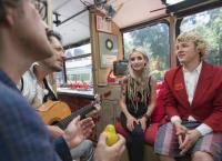 Zärtlichkeiten im Bus