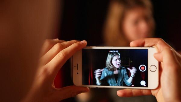 Bild 1 von 2: Moderatorin Anke Klingemann.