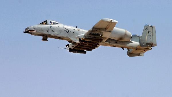 Bild 1 von 1: Die A-10 Thunderbolt ist seit den 70er Jahren im Einsatz der US Air Force.