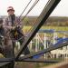 Risiko im Seil - Unterwegs mit einem Industriekletterer