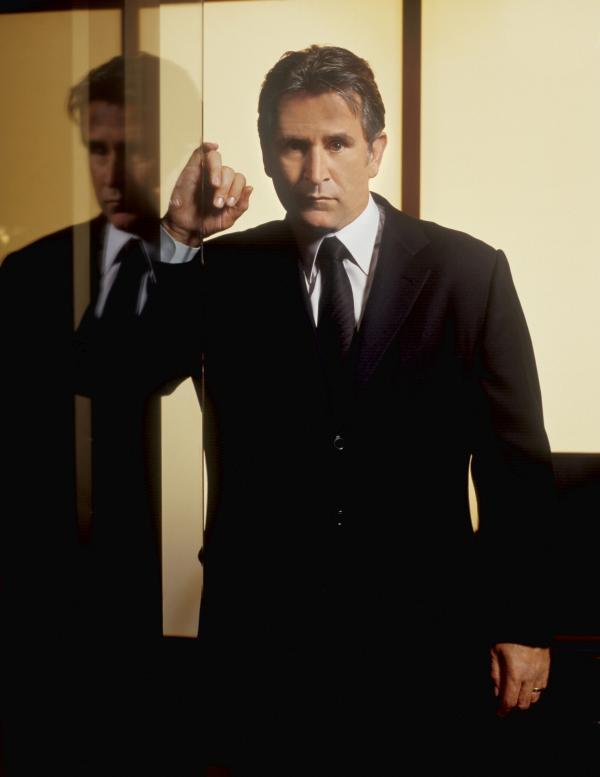 Bild 1 von 9: (5. Staffel) - Detective Jack Malone (Anthony LaPaglia) ist der erfahrene Kopf der Spezialeinheit. Er hat in seiner Dienstzeit schon einiges erlebt und weiß, dass jede Sekunde zählt ...