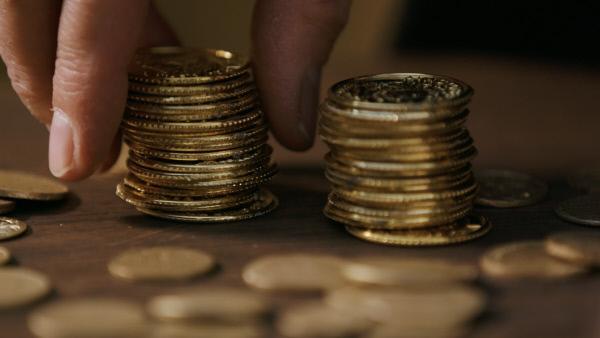 Bild 1 von 10: Der ungeliebte Zehnt. Im Mittelalter war die Steuerabgabe schnell zu berechne. Ein Zehntel musste abgeführt werden.