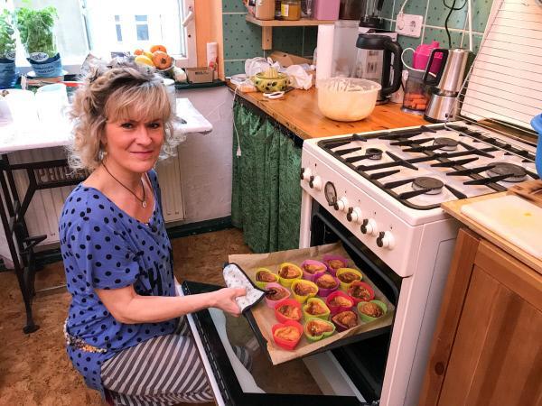 Bild 1 von 3: Gastgeberin Anne