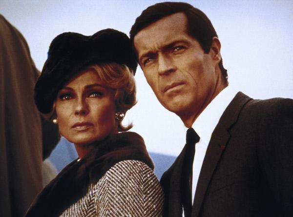Bild 1 von 3: Der franz?sische Agent Andre Devereaux (Frederick Stafford) ahnt nicht, dass seine Frau Nicole (Dany Robin) gegen ihn arbeitet.