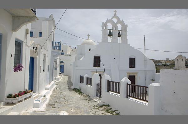 Bild 1 von 4: Die Insel Amorgos ist Schauplatz einer der bedeutendsten Filme der 1980er Jahre: \