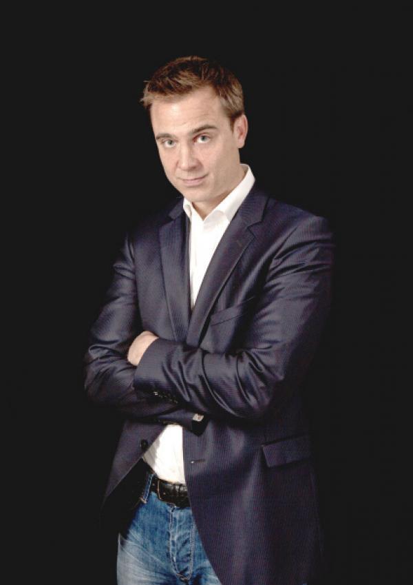 Bild 1 von 17: Anwälte im Einsatz: Niklas Dittberner ist immer zur Stelle, wenn juristischer - und menschlicher - Beistand benötigt wird ...