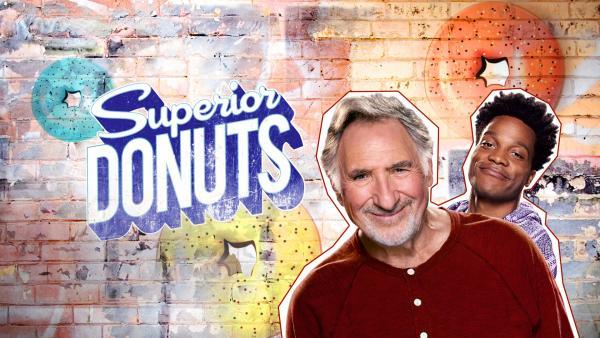 Bild 1 von 8: (2. Staffel) - Superior Donuts - Artwork