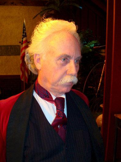 Bild 1 von 9: Der Schauspieler Richard Garey als Mark Twain in Hannibal. Täglich tritt er in seinem Theater auf.