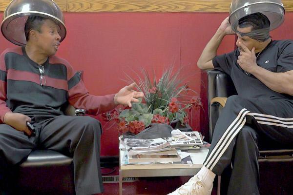 Bild 1 von 2: Gespräche unter der Trockenhaube …
