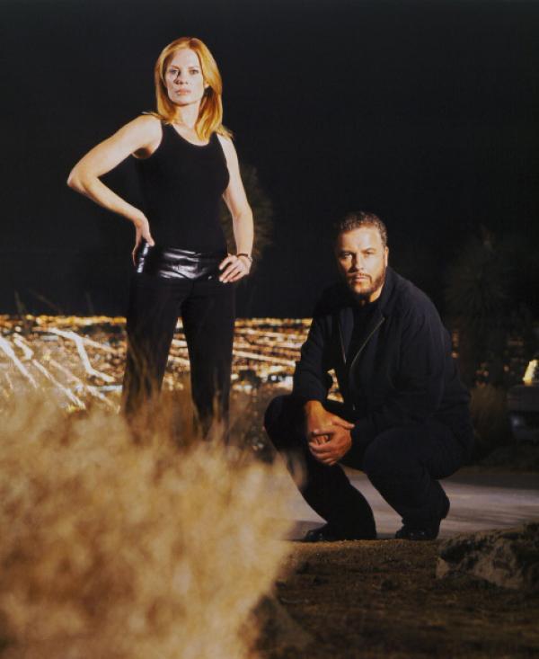 Bild 1 von 13: Marg Helgenberger als Catherine Willows und William Petersen als Gil Grissom.
