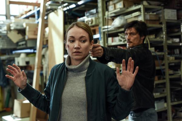 Bild 1 von 11: Sarah (Lisa Maria Potthoff) trifft auf einen routinierten und skrupellosen Verbrecher. Gelingt es ihr dennoch, Egor (Stipe Erceg) zu stoppen?