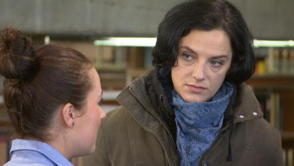Bild 1 von 21: Gibt alles, um Kriminalfälle zu lösen: Sandra ...