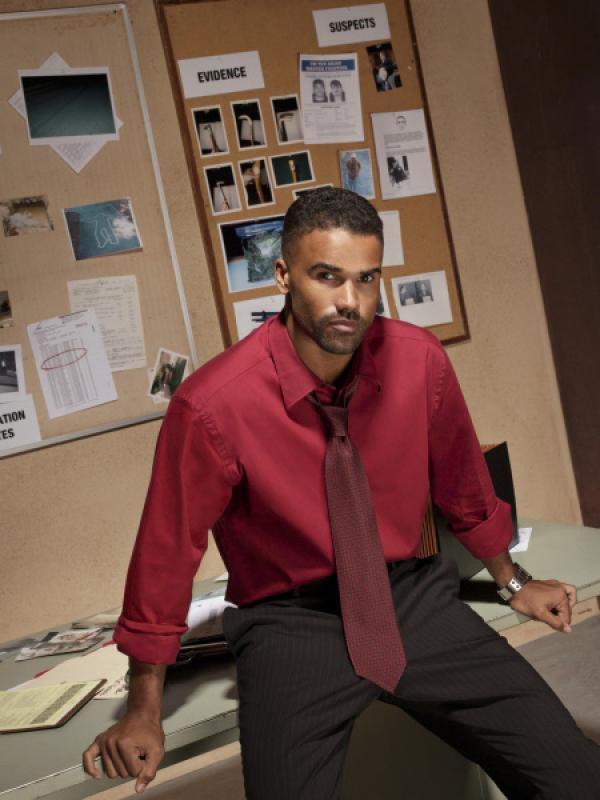 Bild 1 von 17: (1. Staffel) - Vor Special Agent Derek Morgan (Shemar Moore) und seinen Kollegen ist kein Serientäter sicher ...