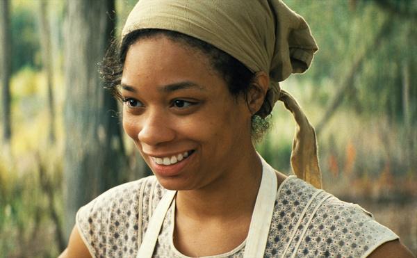 Bild 1 von 11: Während der Feldarbeit erfährt Garnet (Terri Abney), dass ihre schwangere Schwester Mildred einen Heiratsantrag erhalten hat.