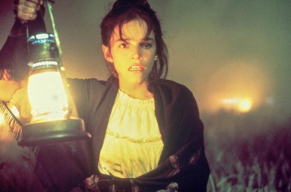 Bild 1 von 7: Abby (Brooke Adams) wird zum Mittelpunkt einer folgenreichen Dreiecksbeziehung.