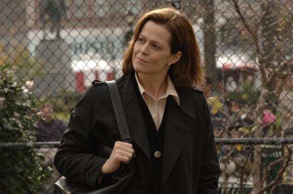 Bild 1 von 5: Ein Schicksalsschlag ver�ndert das Leben von Julia Sandburg (Sigourney Weaver) f�r immer: Ihre kleine Tochter Maggie verschwindet w�hrend eines Ausflugs mitten in Manhattan spurlos.
