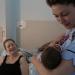Promi-Hebamme: Emma Willis auf der Babystation