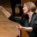 Joana Mallwitz dirigiert Mozart und Tschaikowski