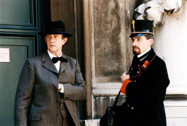 Bild 1 von 5: Jonathan Pryce (Gustav Mahler, li.), Gordon Catlin.